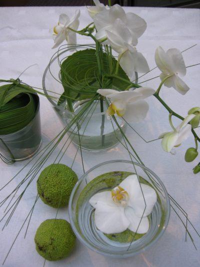 Tischdekoration mit Orchideen